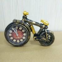 Часы сувенирные (2)